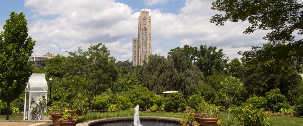 Cathedral of Learning view with Fountain