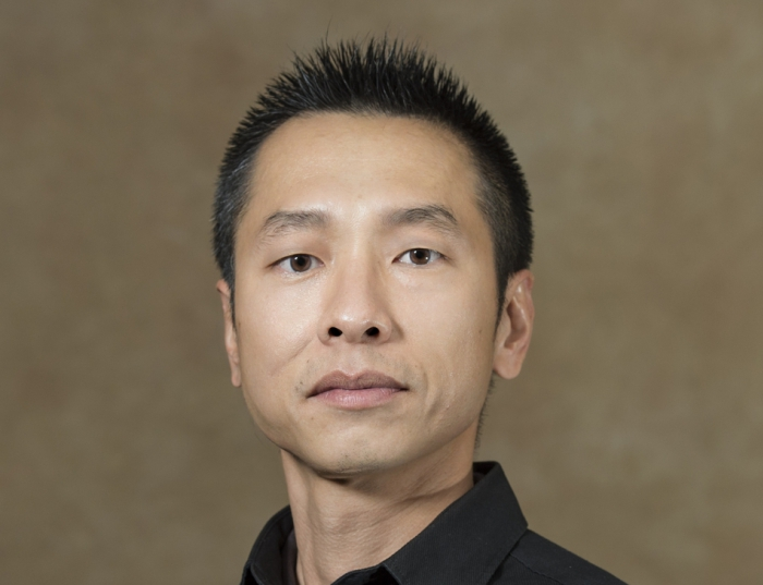 Wei-Neng